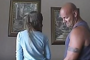 Ramming disconcerted girl'_s cum-hole