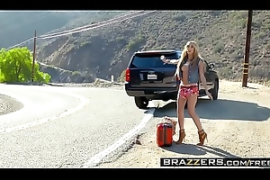 Brazzers - (Chloe Amour)( Fraternize with Hollywood) - A Hitchhikers Guide To My Load of shit