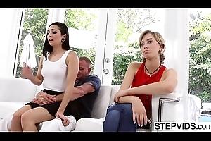 Stepdad bonks Malina Mars readily obtainable fathers fixture