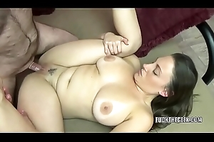 Busty brunette Melanie Hicks is acquiring the brush snatch gorged