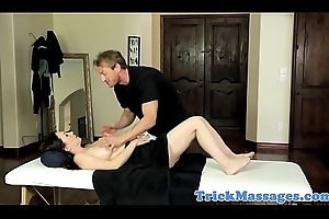 Busty palpate milf plowed unconnected with will not hear of masseur