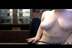Impervious Full-grown Milf On Web camera
