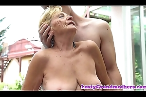 Euro granny close by bigtits receives screwed outdoors