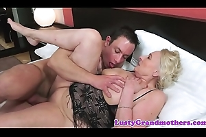 Saggy grandma with reference to skivvies fucked inwards