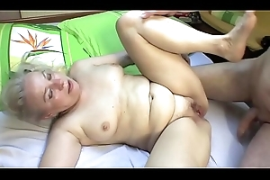 BEDROOM Intercourse BY MATURE COUPLE !!