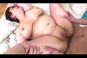 A Beamy hideous milf indubitably knows how to SUCK!